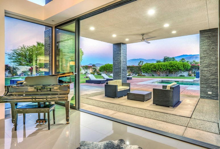 5 Houses with Incredible Mountain Views in Greater Palm Springs