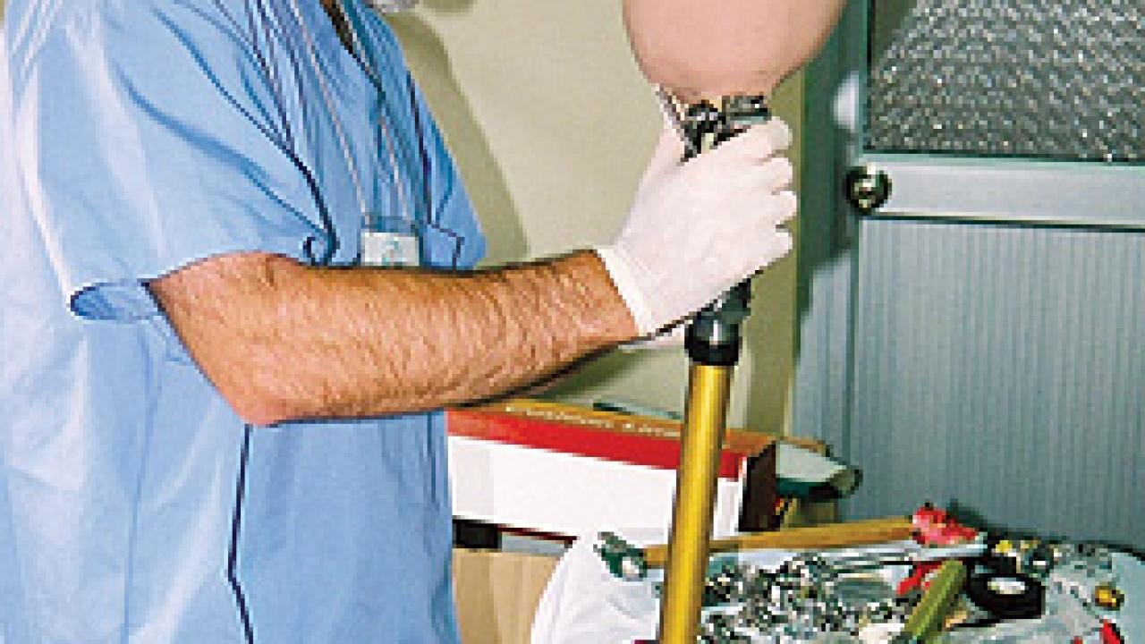 Orthopedist Robert Openshaw.