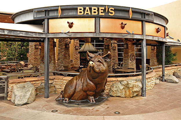 Palm Springs Restaurants Babe's Bar-B-Que Grill & Brewhouse